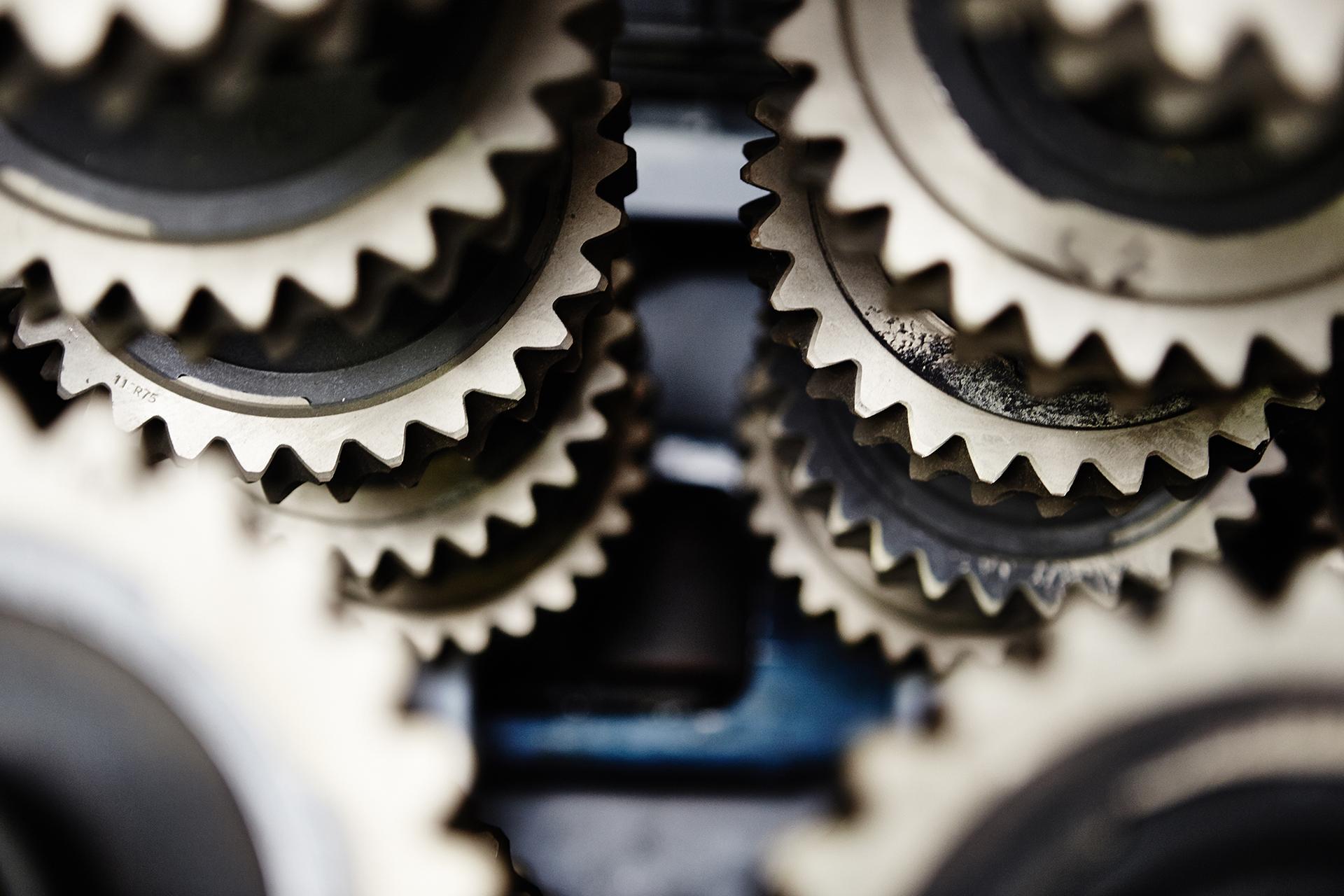 SITI-POL – Twójdostawca podzespołów maszyn inapędów